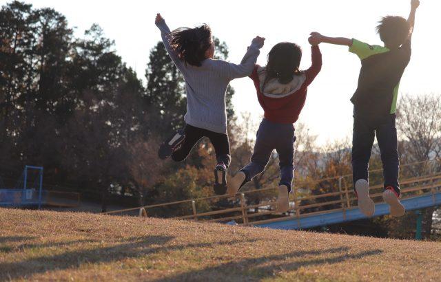 子供会で盛り上がるレクリエーションを企画!室内・屋外で遊べるゲームは?