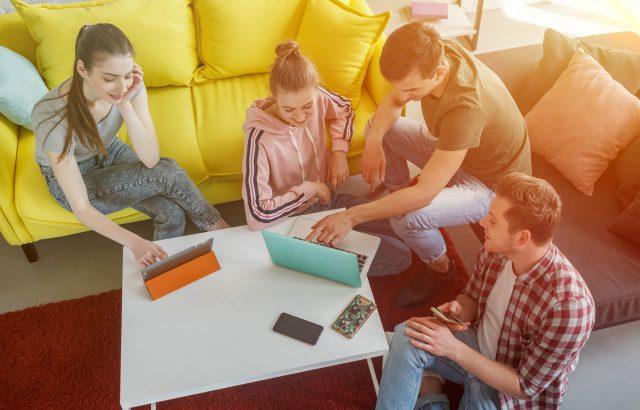 住職一体型のコリビングとは?シェアハウスとの違いや国内外でサービスを提供する会社を紹介